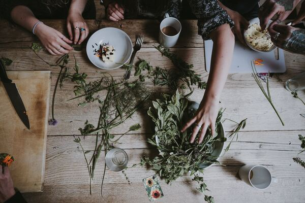 Combining Medical Herbs With Massage Therapy